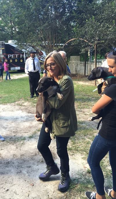 Meredith Vieira Jaoins Animal Aid USA